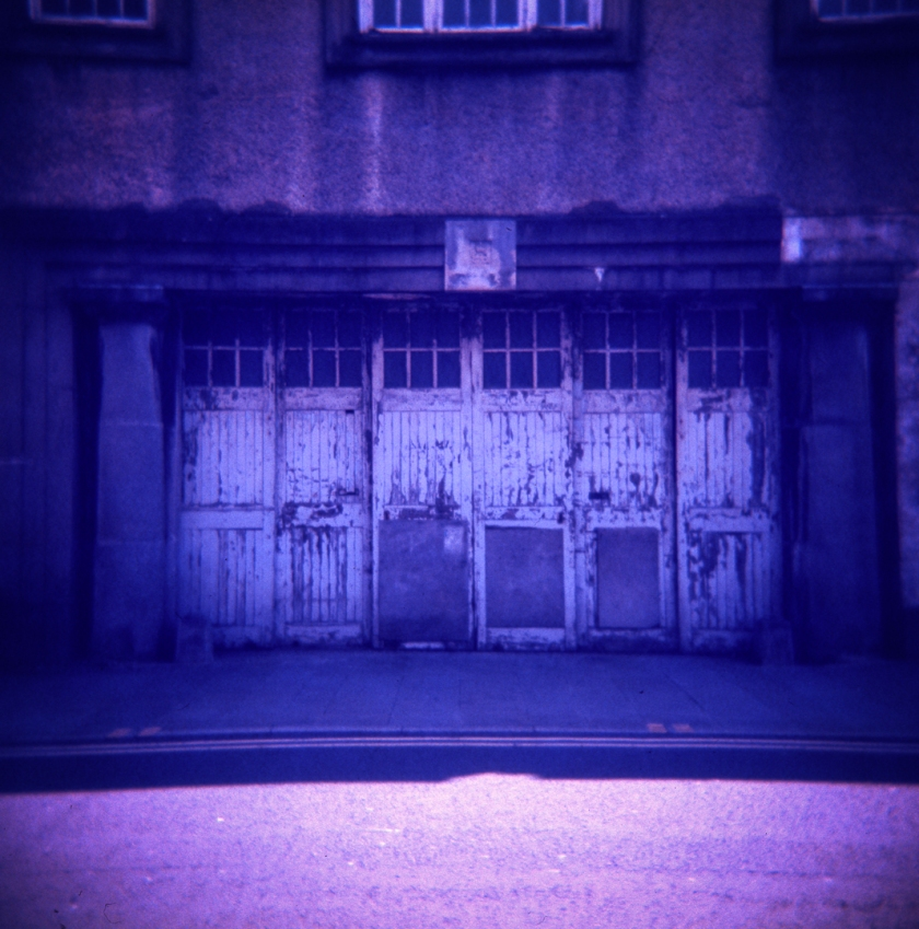 Holga_Lomo_color_slide200_001