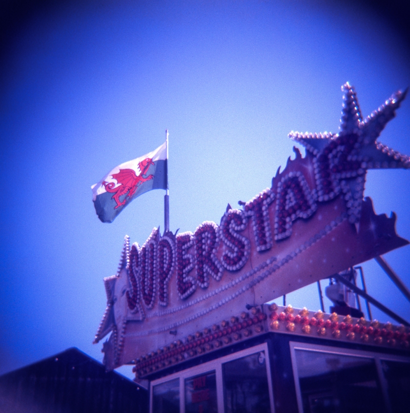 Holga_Lomo_color_slide200_007