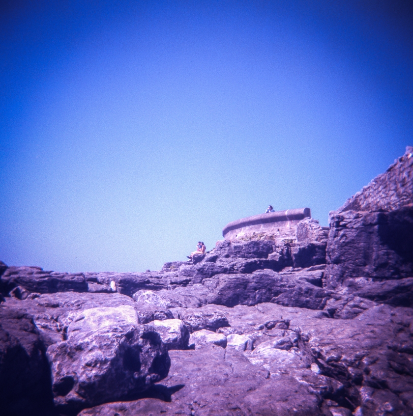 Holga_Lomo_color_slide200_010