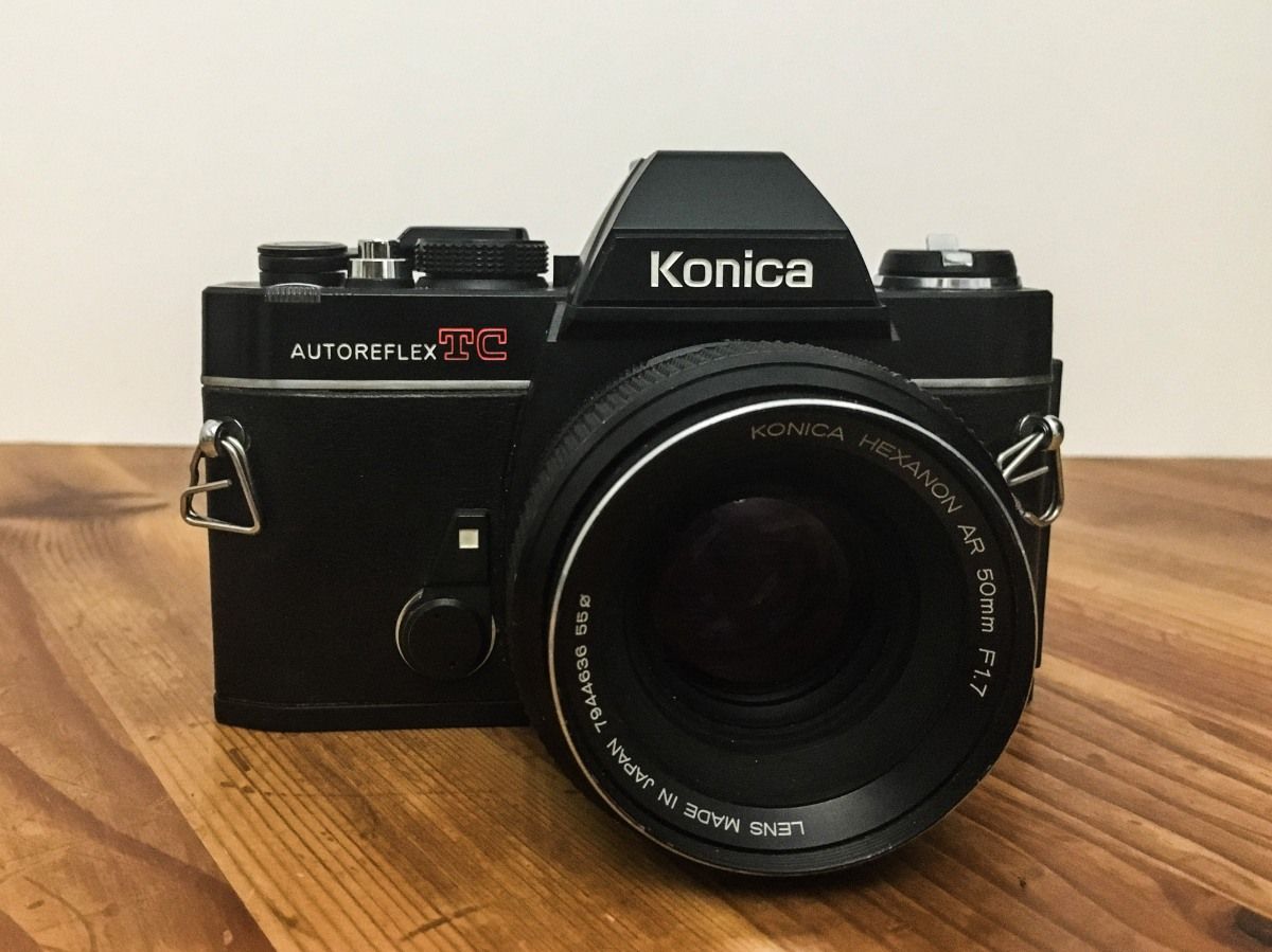 Konica AutoReflex TC & Hexanon AR 50mm f1.7 = Big Smile …
